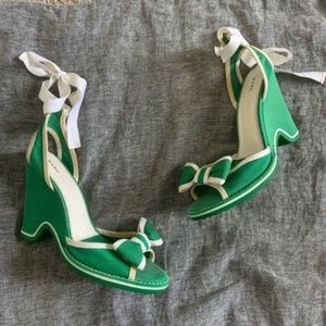 Marc Jacobs green open toe ankle wrap wedge sandal